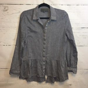 Anthro Sunday In Brooklyn Chambray Button Down Top